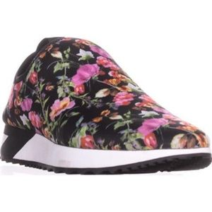 Steve Madden Floral Speed Pull-On Sneakers NIB